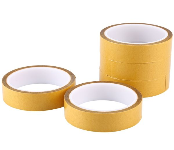 10 Double Sided Tissue Tape08